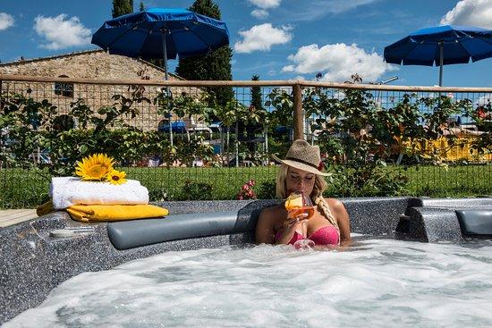 Hotel Belvedere Di San Leonino: Whirpool