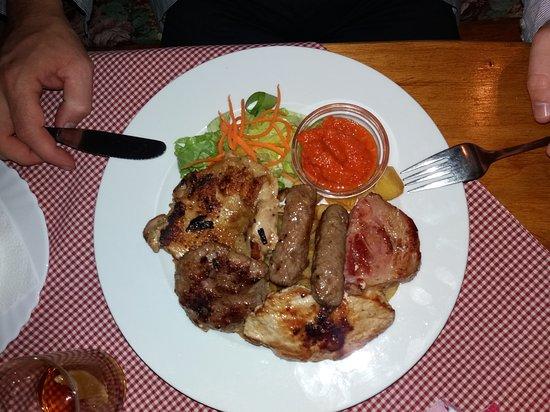 Backa Topola, صربيا: Mešano meso