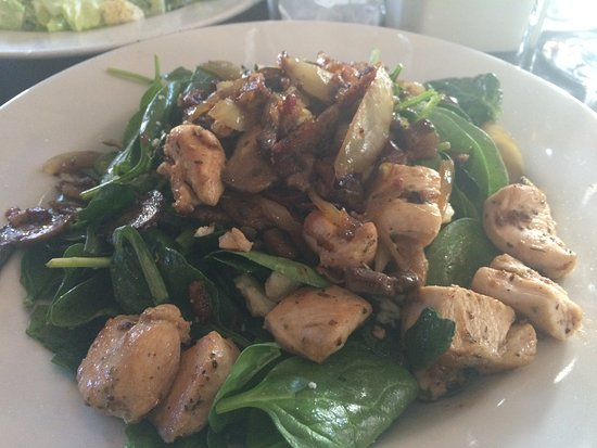Danville, Californië: Warm Chicken and Spinach salad