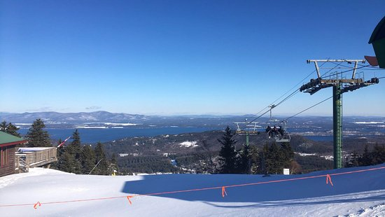 Gunstock Mountain Resort: View from the top of the mountain! There is also a pub at the top :)