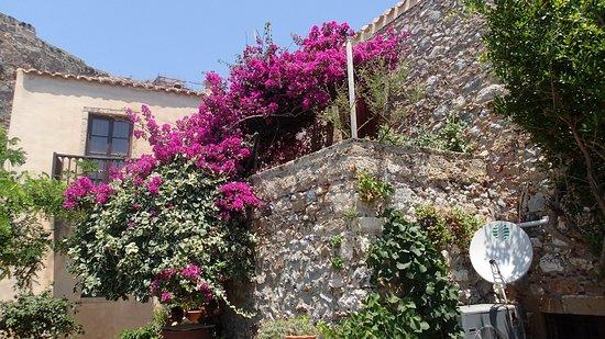 Gythion Hotel : Trip to Monemvasia - another destination for which Gythio is perfect base