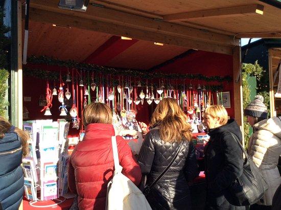 Kultur- und Weihnachtsmarkt Schloß Schönbrunn: One of the many stalls