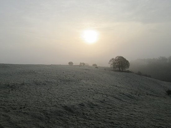 Over Haddon, UK: Frosty view from the hotel