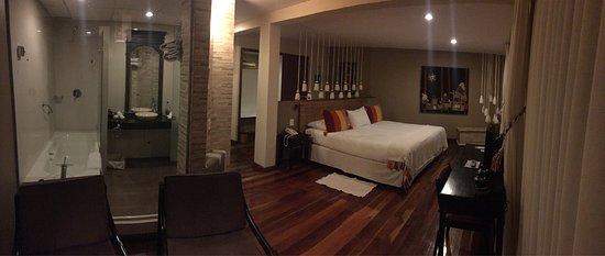 هوتل روزاريو لاجو تيتيكاكا: Hermosa habitación la que nos dieron