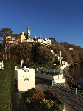 Castell Deudraeth: Portmeirion village from hotel