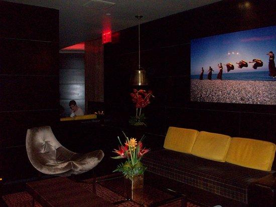 Sanctuary Hotel New York: Front Lobby