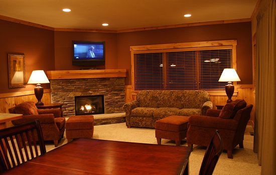 Deerwood, MN: Bay Lake Villas - premium accommodations.