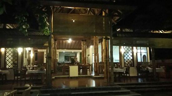 Anturan, Indonesia: Ausenbereich