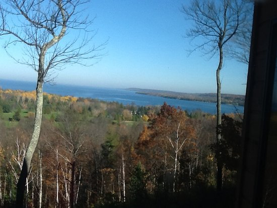 Egg Harbor, WI: View from the second floor of the condo facing the lake!