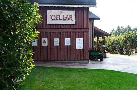 Cobble Hill, Canada: Cellar