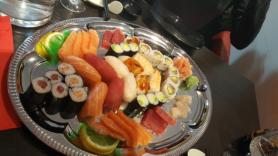 sushi panda le puy en velay restaurant avis num ro de t l phone photos tripadvisor. Black Bedroom Furniture Sets. Home Design Ideas