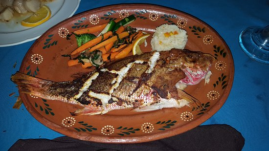 Las Mariscadas: Pacific red snapper. Served whole with head and tail and you know it's not a cheaper substitute.