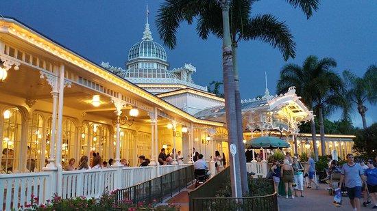 Disney S Magic Kingdom One Of The Many Themed Restaurants