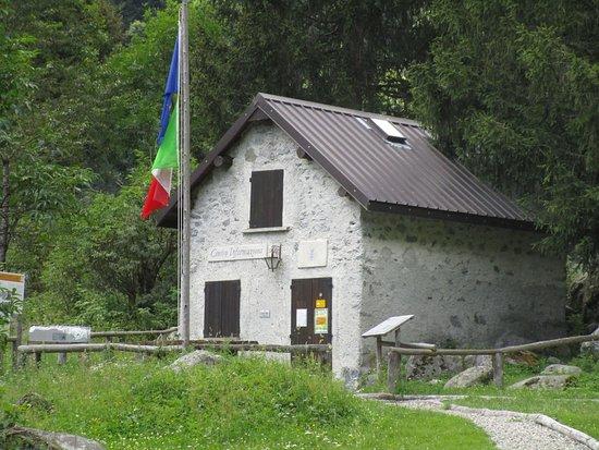 Bagni di Masino - Foto di Riserva Naturale Val di Mello, Val ...