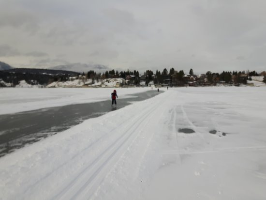 Windermere, Canadá: Pista de skating e cross-country sobre o lago