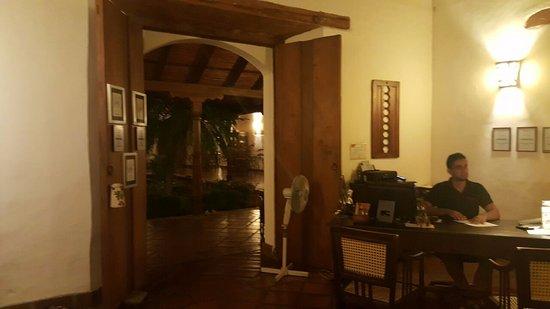 Hotel Patio del Malinche: The lobby.