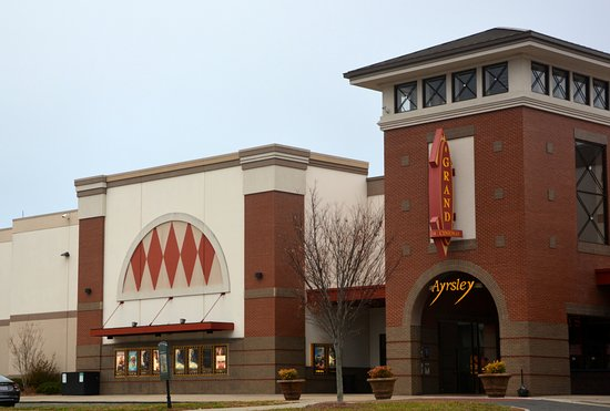 Arysley Grand Cinemas 14: Good place to chill out and enjoy a movie