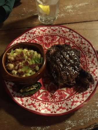 Buffalo Gap, TX: 7:30 dining in December