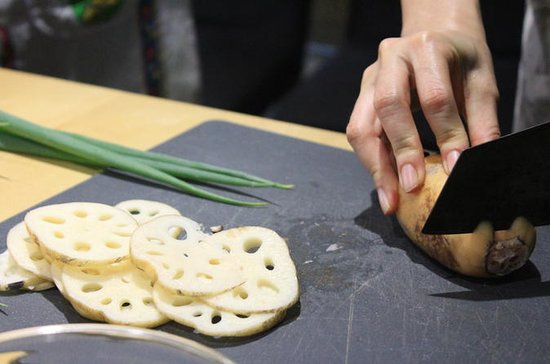Private Taiwanese Cooking Class in Taipei