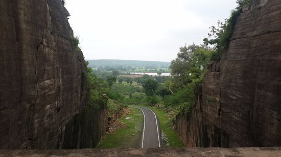 Road away from CHanderi