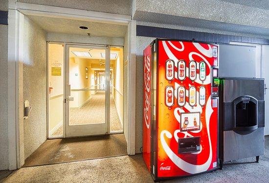 quality inn vending machine