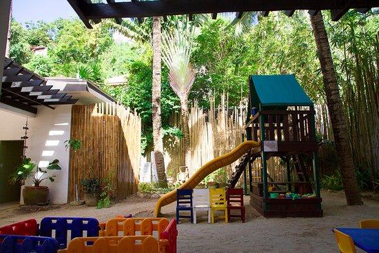 Microtel Inn & Suites by Wyndham Boracay: Children's Playground