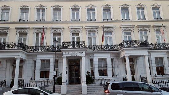 K+K Hotel George: 20161228_084329_large.jpg