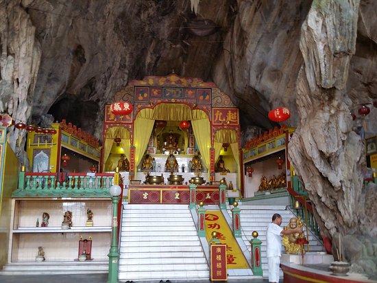 Tokong Gua Dong Hua
