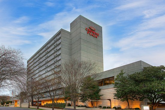 Crowne Plaza Knoxville: Hotel Exterior