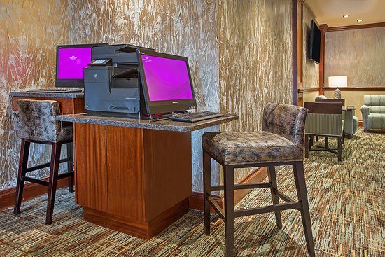Crowne Plaza Knoxville: Business Center