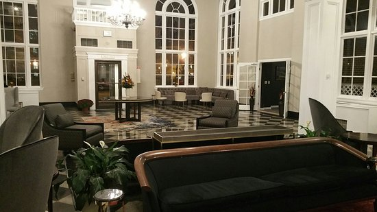 Гленз-Фоллз, Нью-Йорк: Lobby