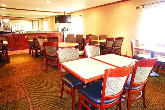 Southgate, MI: Breakfast Area