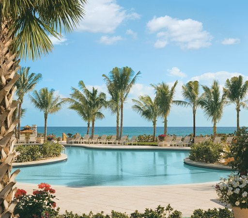 The Breakers : Active Pool