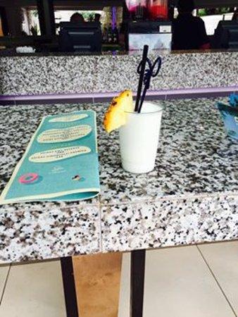 Cabanas, Sun City: Nice drink by the pool
