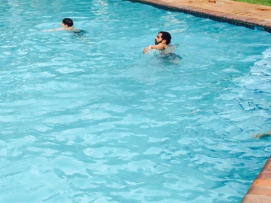 Cabanas, Sun City: pool