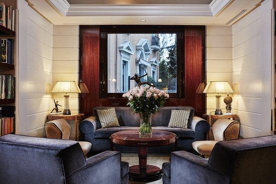 Hotel Lord Byron : Lobby Lounge