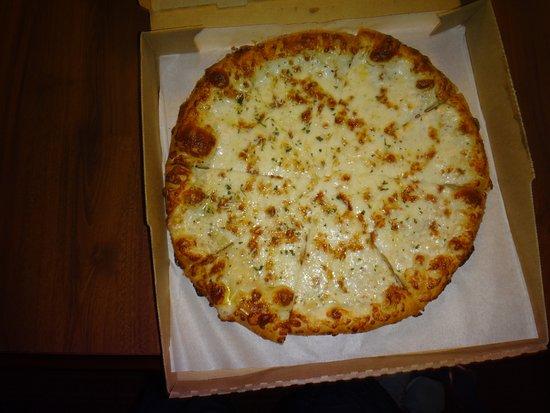 pizza delivery pizza hut
