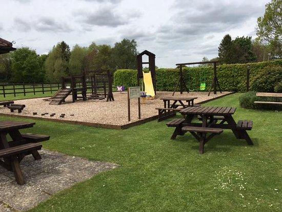Tarrant Monkton, UK: Children's Play Area