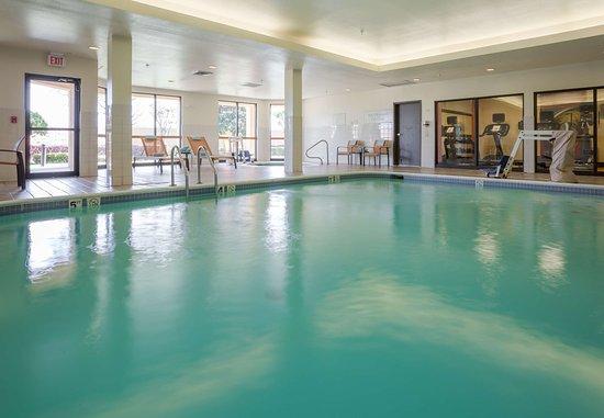 Courtyard Monroe Airport: Indoor Pool