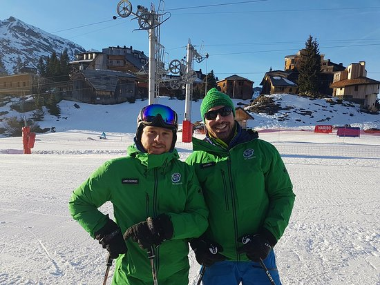 Haute-Savoie, Frankreich: Jure and Glenn from Ski With Ease in Avoriaz