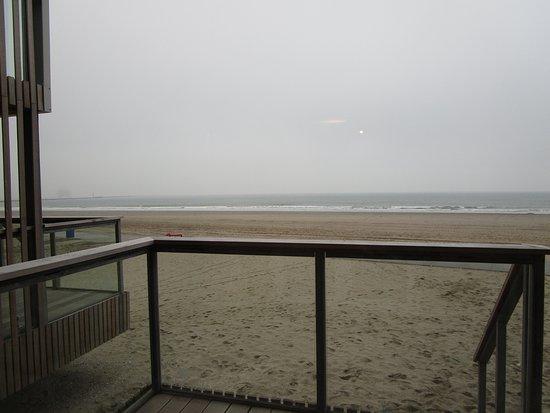 Hoek van Holland, เนเธอร์แลนด์: uitzicht vanaf ons balkon