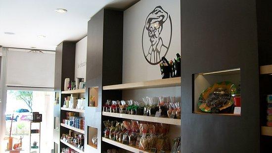 Tonton Jules Chocolate Shop