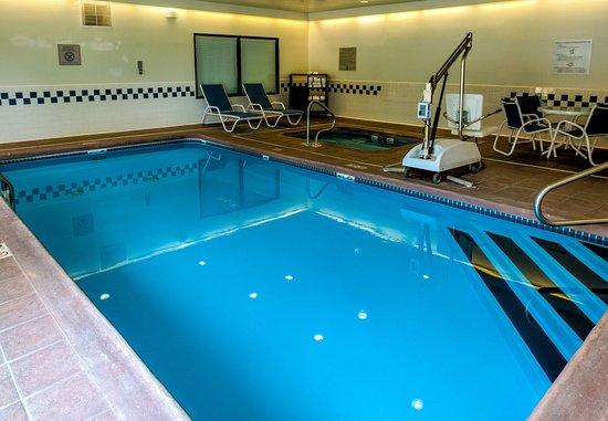 Saint Robert, MO: Indoor Pool