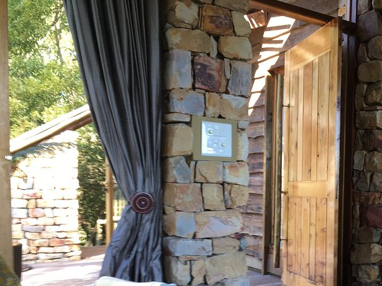 Tsala Treetop Lodge: Beautiful luxurious accommodation