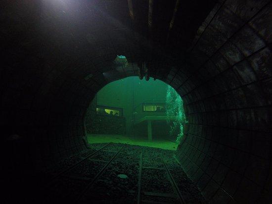 Beringen, Belgia: tunnel
