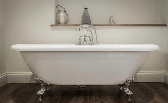 St Minver, UK: Room 1 en suite bath/shower room