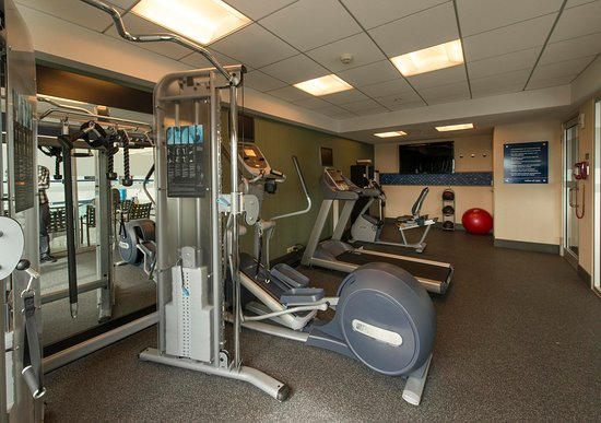 Hampton Inn & Suites Boston Crosstown Center: Fitness Center