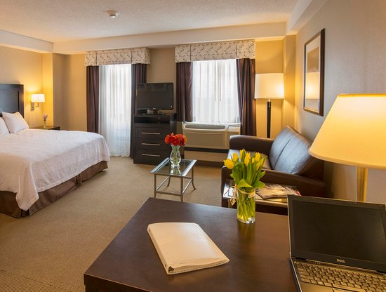 Hampton Inn & Suites Boston Crosstown Center: Junior King Suite