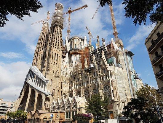 photo1.jpg - Picture of Basilica of the Sagrada Familia, Barcelona - TripAdvisor