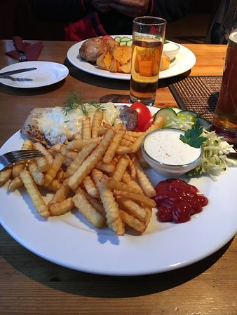 Kohtla, Estonia: Nice big meal